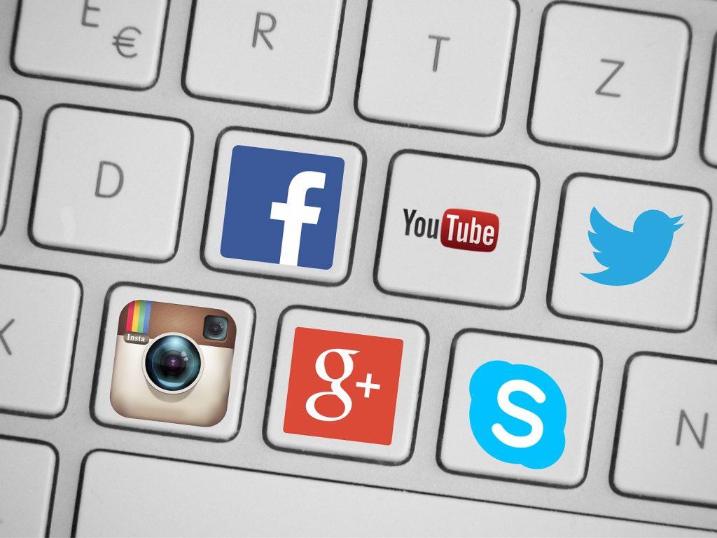 réseaux sociaux community management